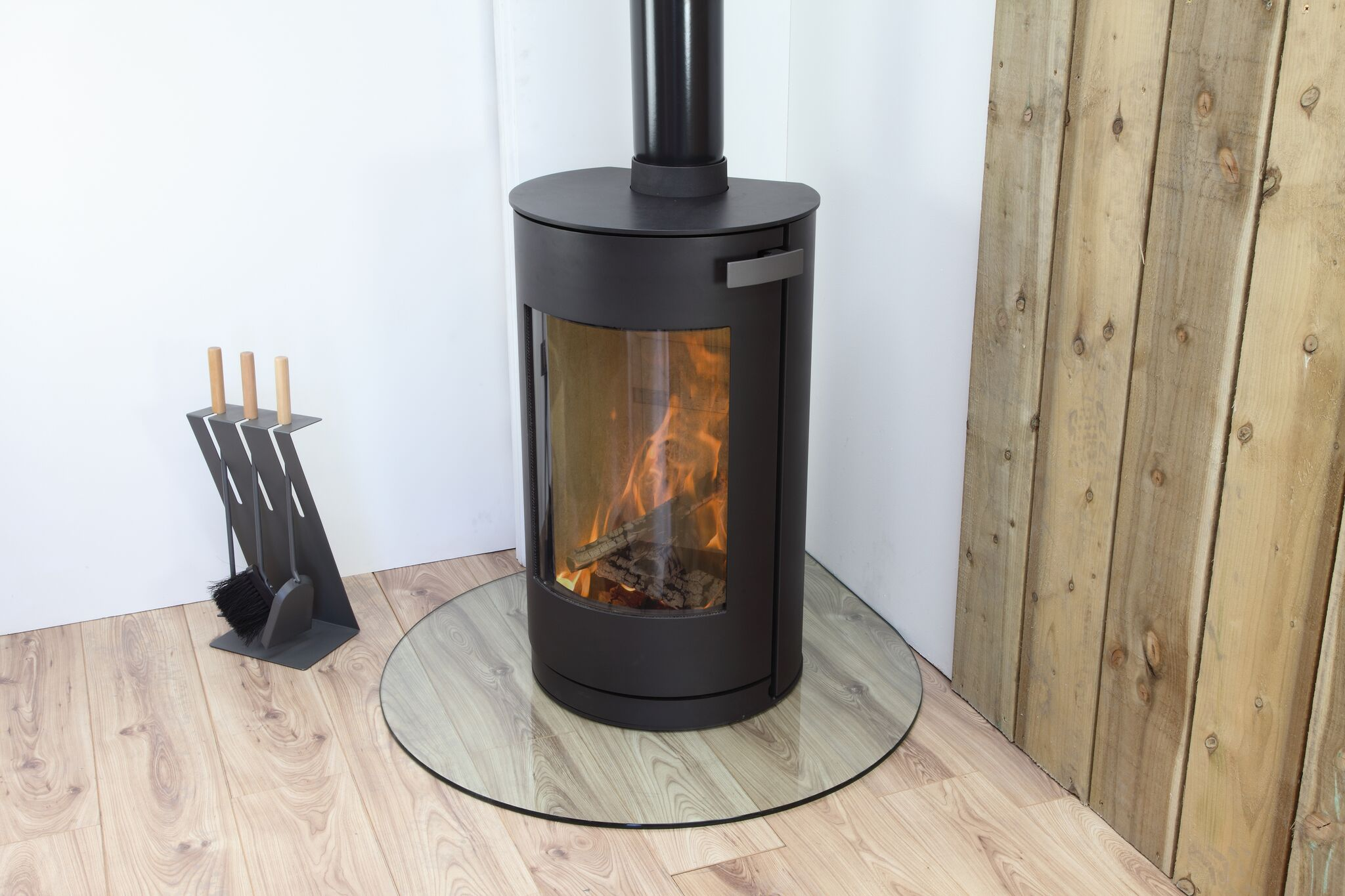 freestanding, granite hearth, slate hearth, woodburning, multifuel, Bangor, Newtownards, Belfast, Holywood, Conlig, Stove yard, Fireplaces, flue pipe, hearths, room heater, wilsons, Portaferry, Kircubbin, Greyabbey, riven slate, wooden beans, fireplace beams, fire chambers, open fires, logs, coal, grates, stove glass, grate bars, ards fireplaces, Jubilee Road, Helensbay, Crawfordsburn, flexi flue, chimney cowls, down draught cowls, gas, natural gas, reflex 75T, log effect fire, Gazco, stovax, medip, arada, varde, Henley, hunter, yeoman, glass hearths,