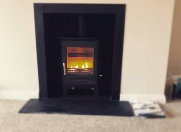 Henley. 5kw, woodburning, multifuel, bangor, Newtownards, Belfast, Holywood, Conlig, Stove yard, Fireplaces, flue pipe, hearths, room heater